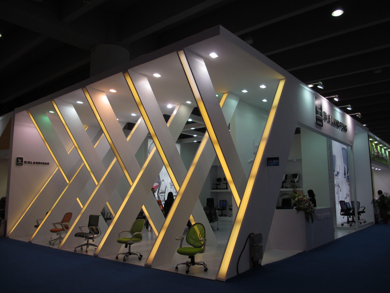 Italian design google suche fair exhibition design for Office design expo