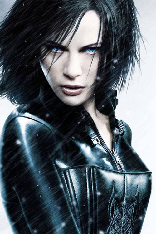 I disliked underworld, but I like Selene's/Kate Beckinsdale's face in it, so let's have her look like that.