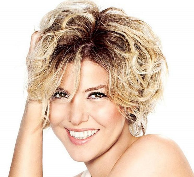 Short Edgy Hairstyles Round Face Hairstyles Pinterest Simple