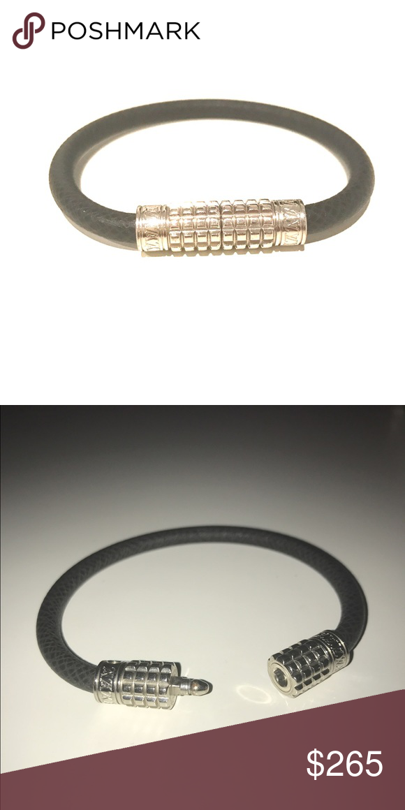 a3e2fb09f582 Louis Vuitton Ardoise Digit Bracelet The Digit bracelet for men in Louis  Vuitton s classic Taiga leather