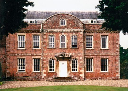 The Manor House Milton Lilbourne Wiltshire Grade Ii Listed Early 18th Century