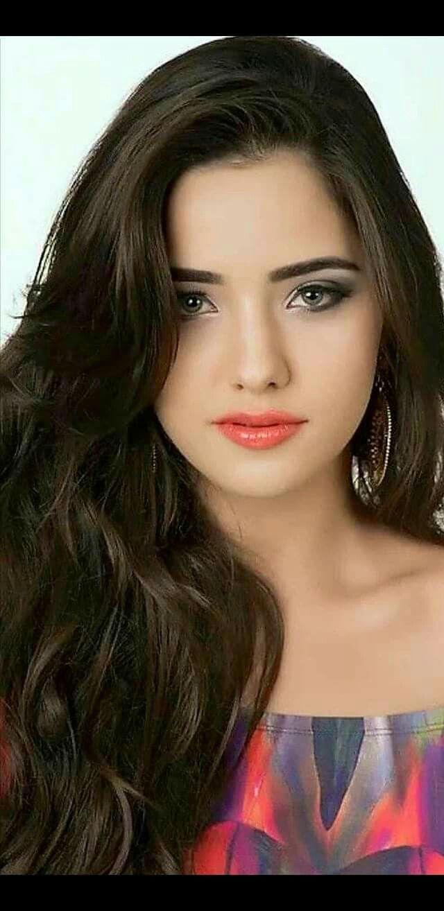 d465beb45177 Muy hermosa   inventos en 2019   Belleza femenina, Cara hermosa y ...
