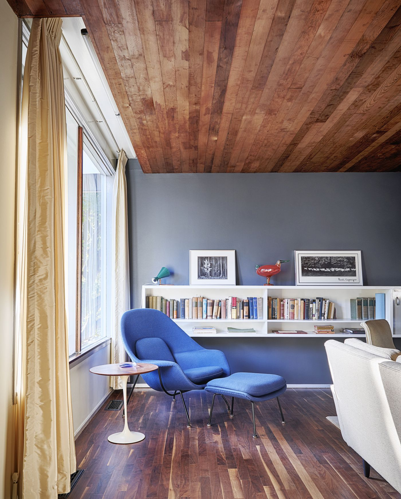 Tour A Red Marcel Breuer Beauty For In Kansas City Curbed