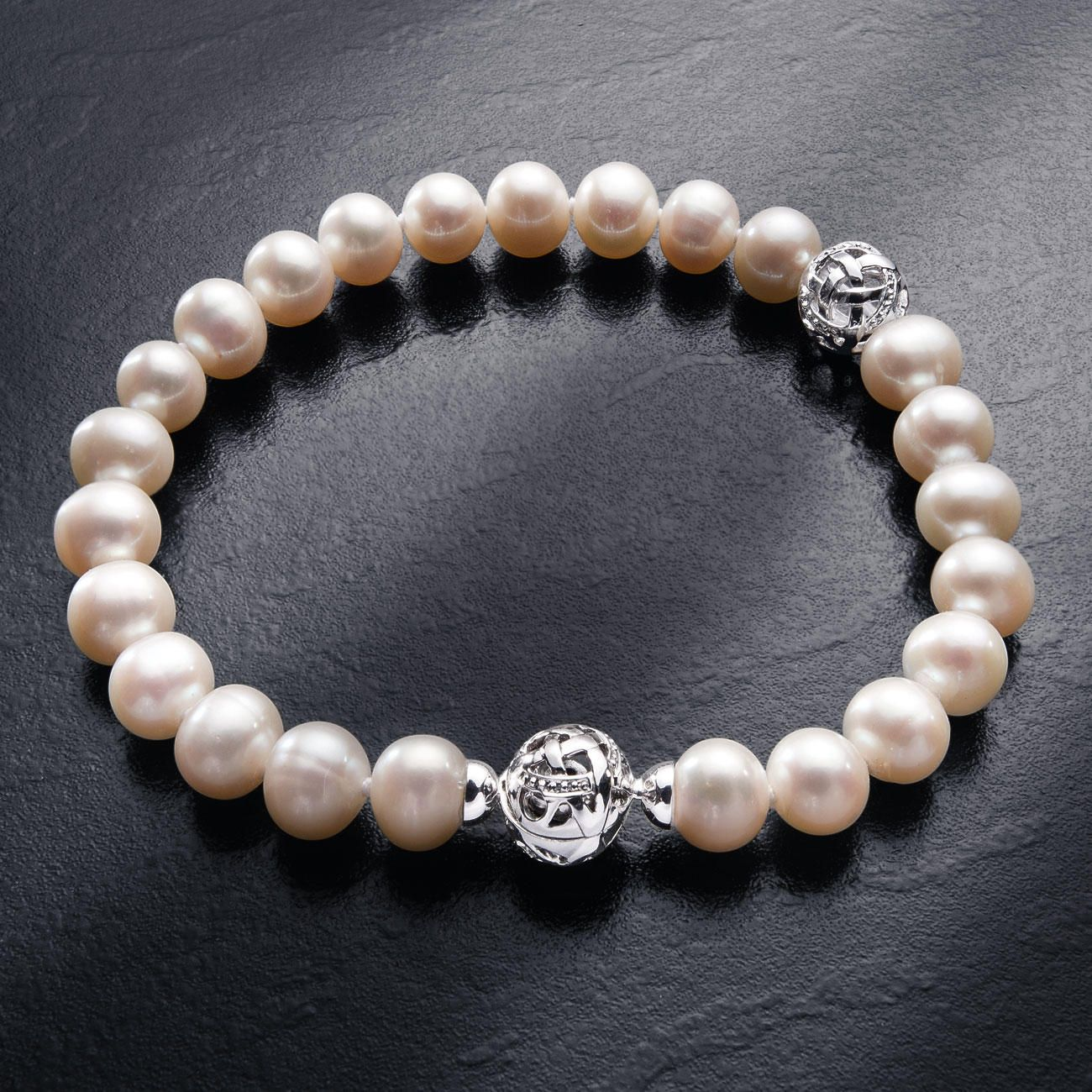 Awesome 15 Pearl Bracelet Design Samples You Will Love