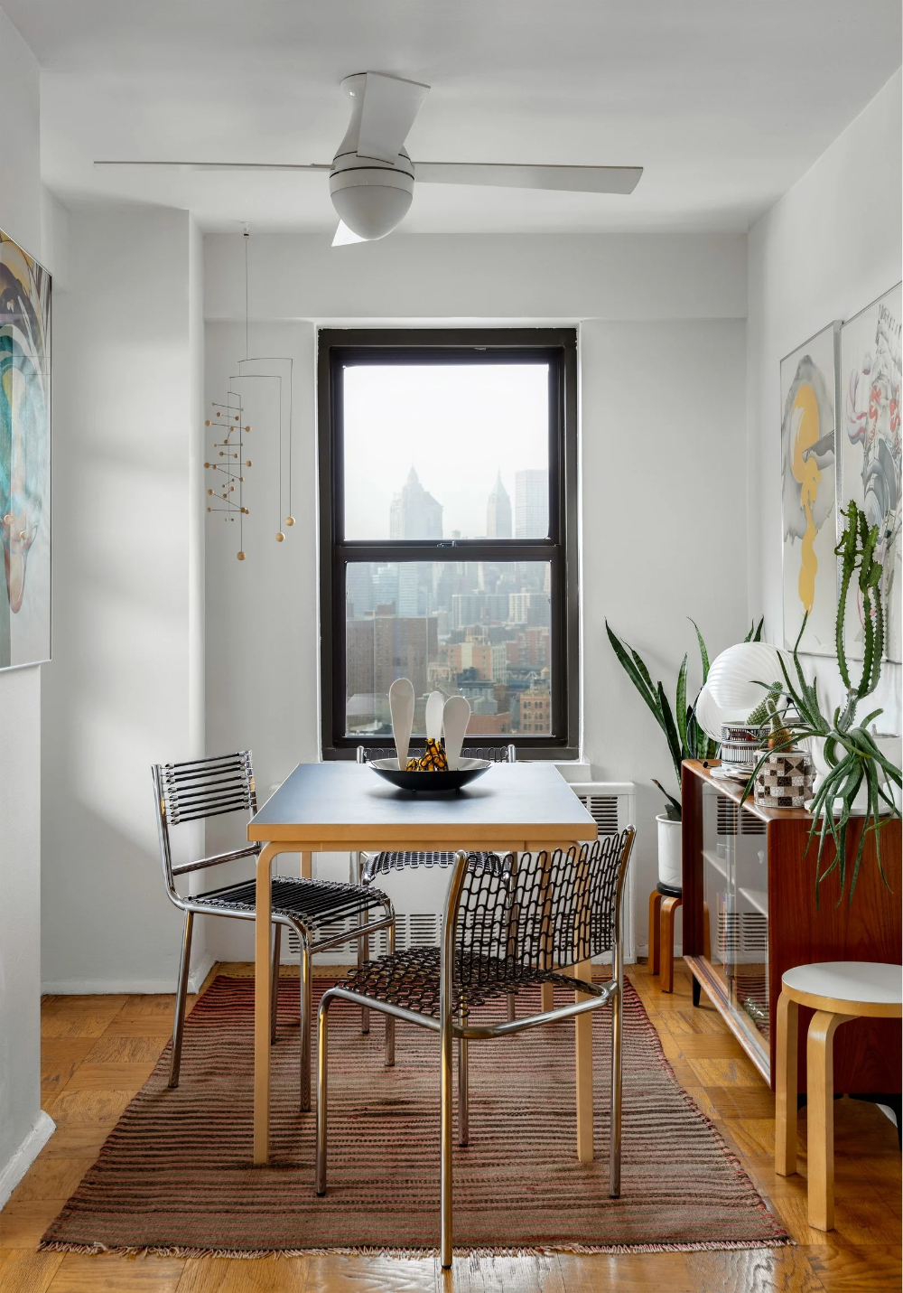 Taylor Fimbrez S Apartment Is Full Of Lessons In Secondhand