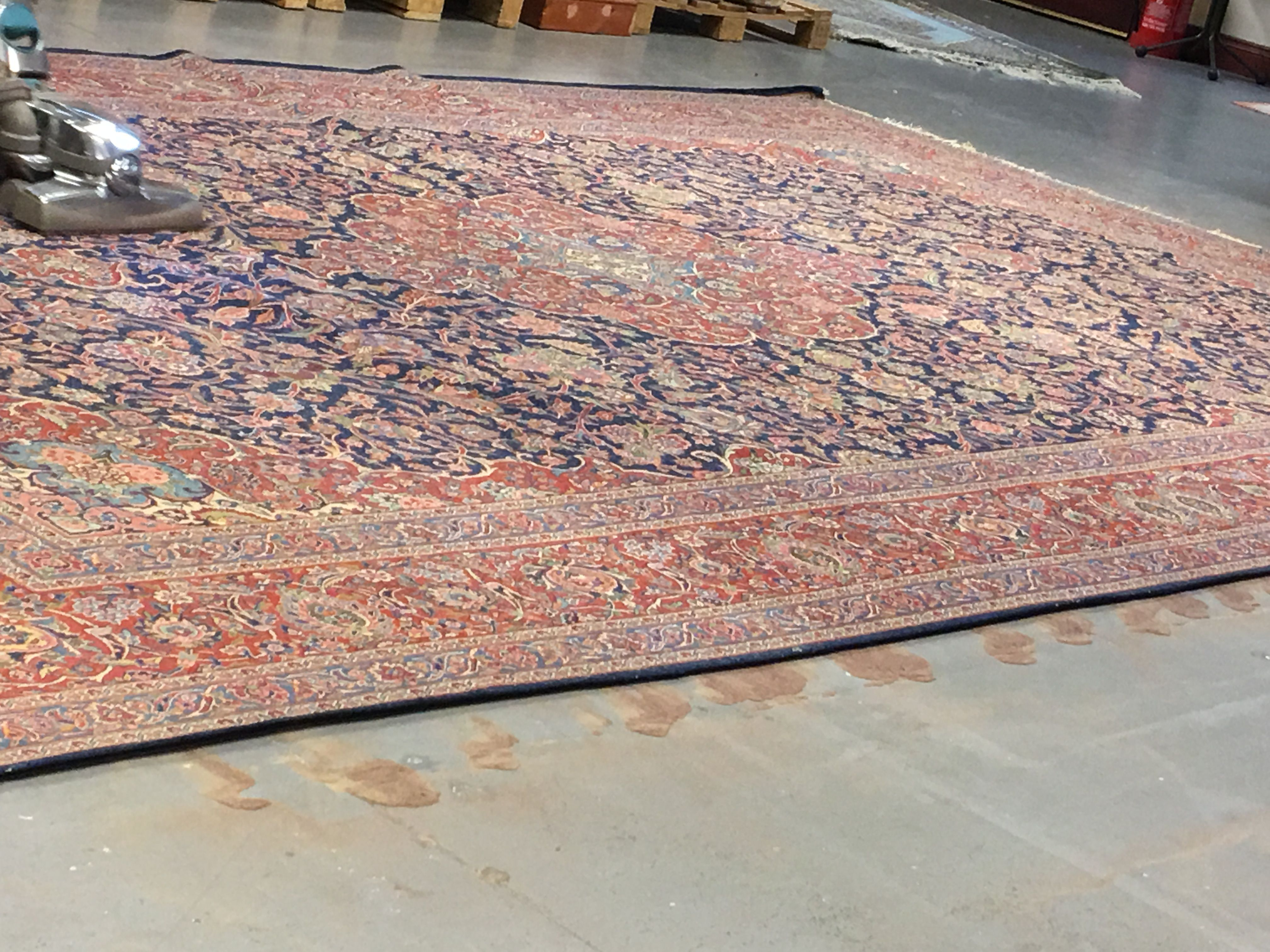 Best Value Oriental Carpets and Rugs services. With over 30 years of experience    #orientalrugservicesltd #rugrestorer #rugrestoration #carpetcleaning #rugcleaning #carpetrestoration #rugvaluations #rugvalue #carpetvaluations #antiquerugcleaning #antiquecarpetcleaning #antiquecarpetspacialist #carpets #rugs #rugandcarpet #carpetandrug #restoration