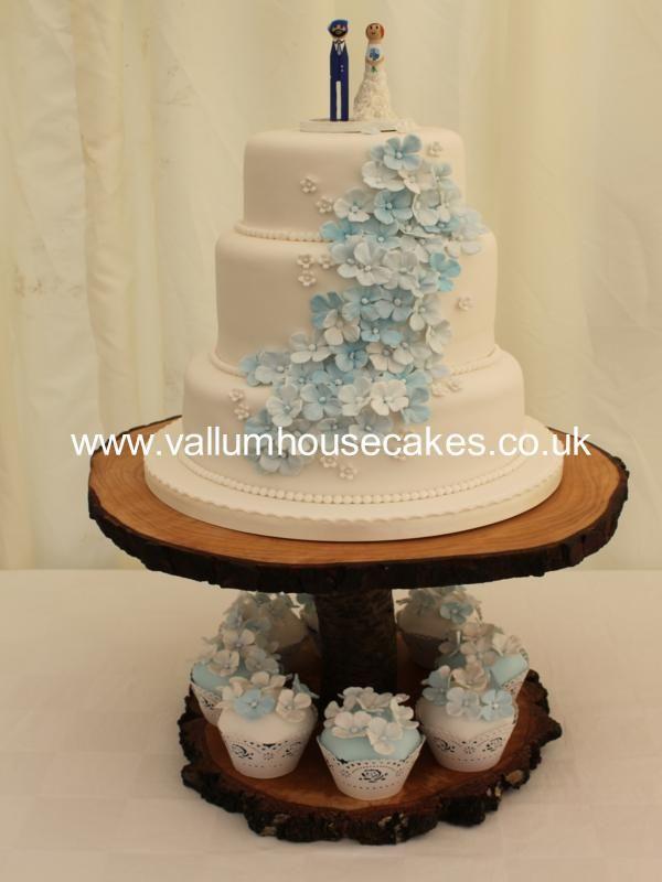 3 Tier Blue Hydrangea Wedding Cake Wedding Cake Hydrangea