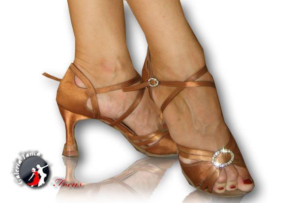 Buty Taneczne Damskie Szukaj W Google Heels Shoes Peep Toe