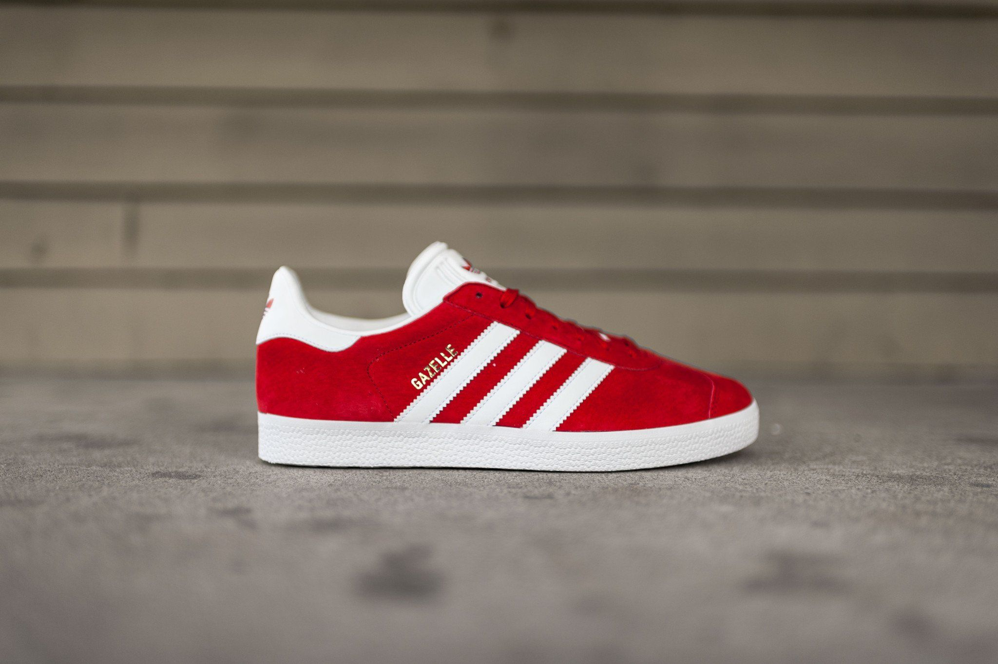 Adidas Gazelle (Scarlet/White/Gold Metallic)