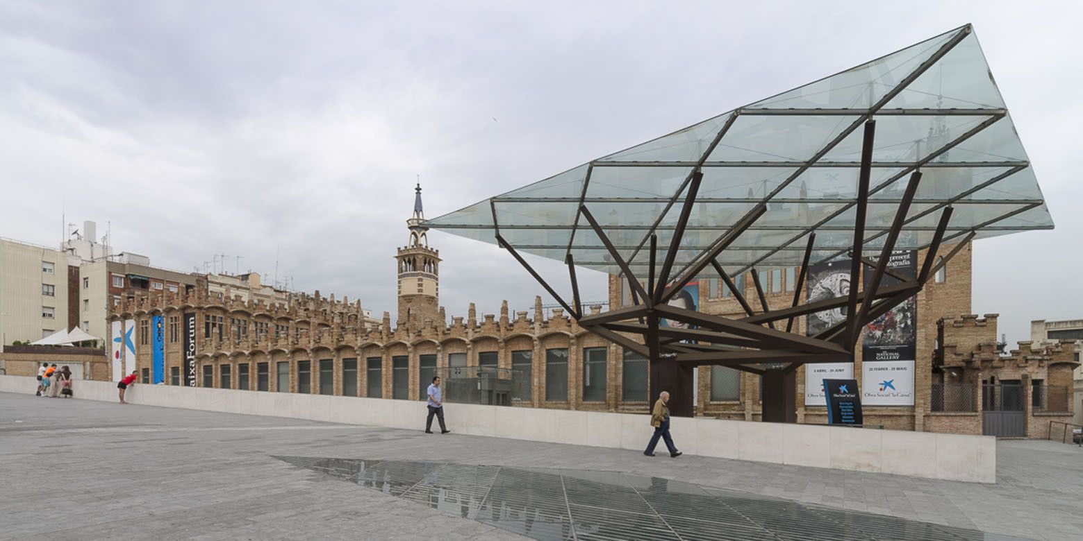 Centro Cultural Caixa Forum Barcelona Arata Isozaki Centro Cultural Barcelona Projetos