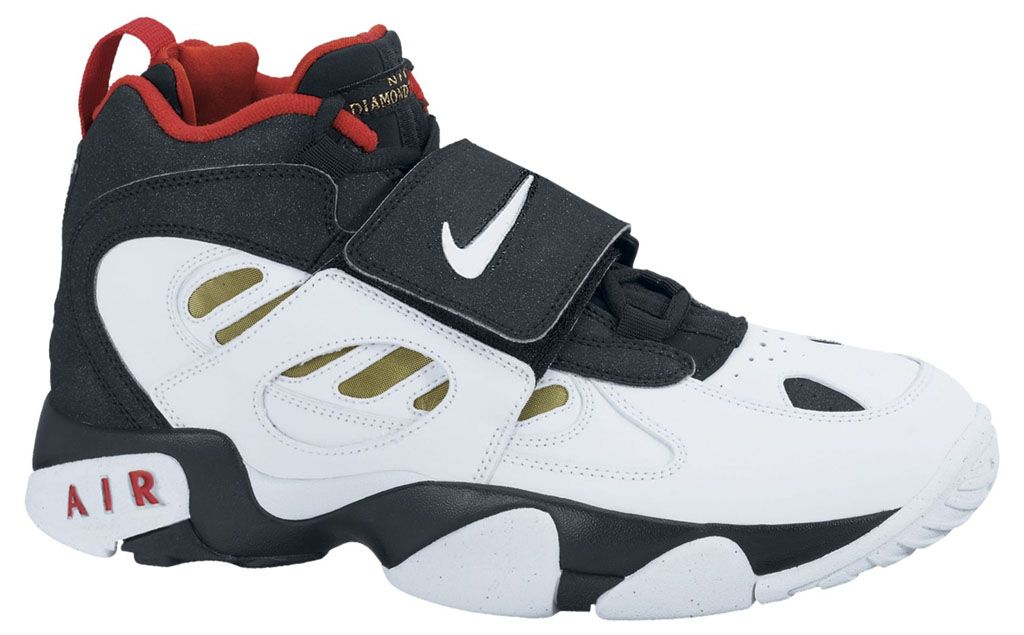 on sale c0326 91f54 Nike Air Diamond Turf, Green Sneakers, Sneakers Nike, 90s Shoes, Nike Max