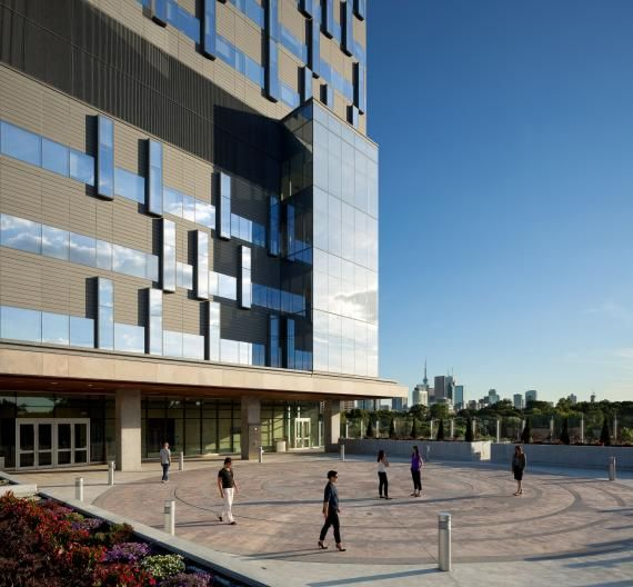 An outdoor terrace on the main floor of the hospital features a large labyrinth pattern for meditative reflection and relaxation. Photos courtesy of HDR Architecture Inc.; ©2013 Tom Arban.