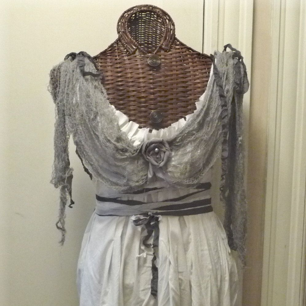 Ghost Bride Halloween Costume Pirate Dress Train And Veil