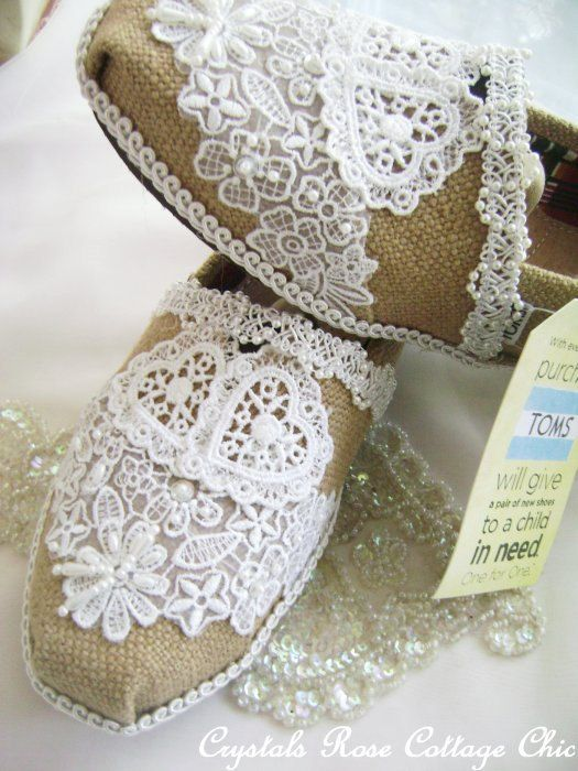 Tomsfashion 9 9 On Lace Toms Toms Outfits Bridal Flats