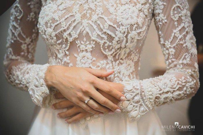 vestido de noiva tradicional todo bordado
