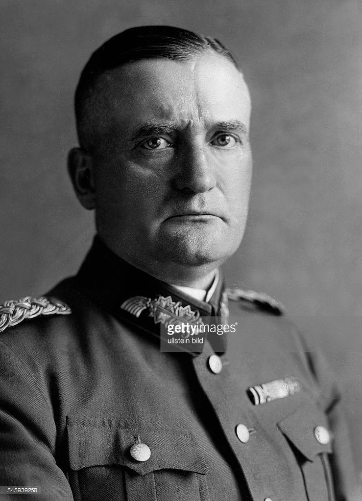 Kurt Gebhard Adolf Philipp Freiherr von Hammerstein-Equord ...