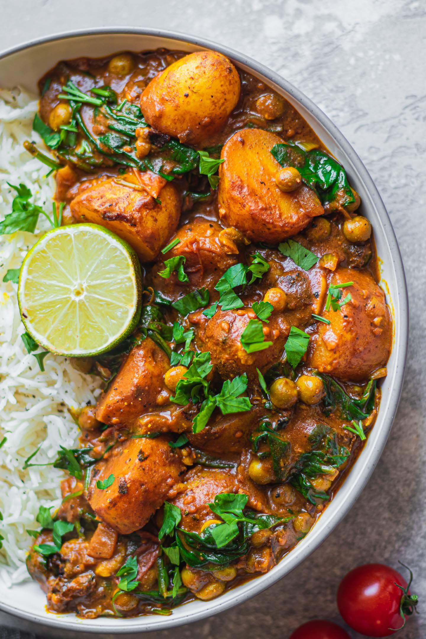 Easy Vegan Potato Curry #dinnerrecipes