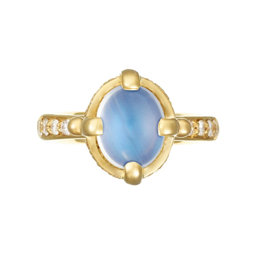 Temple St. Clair, oval-shaped, cabochon-cut blue moonstone ring in 18k yellow gold with pavé diamond shanks