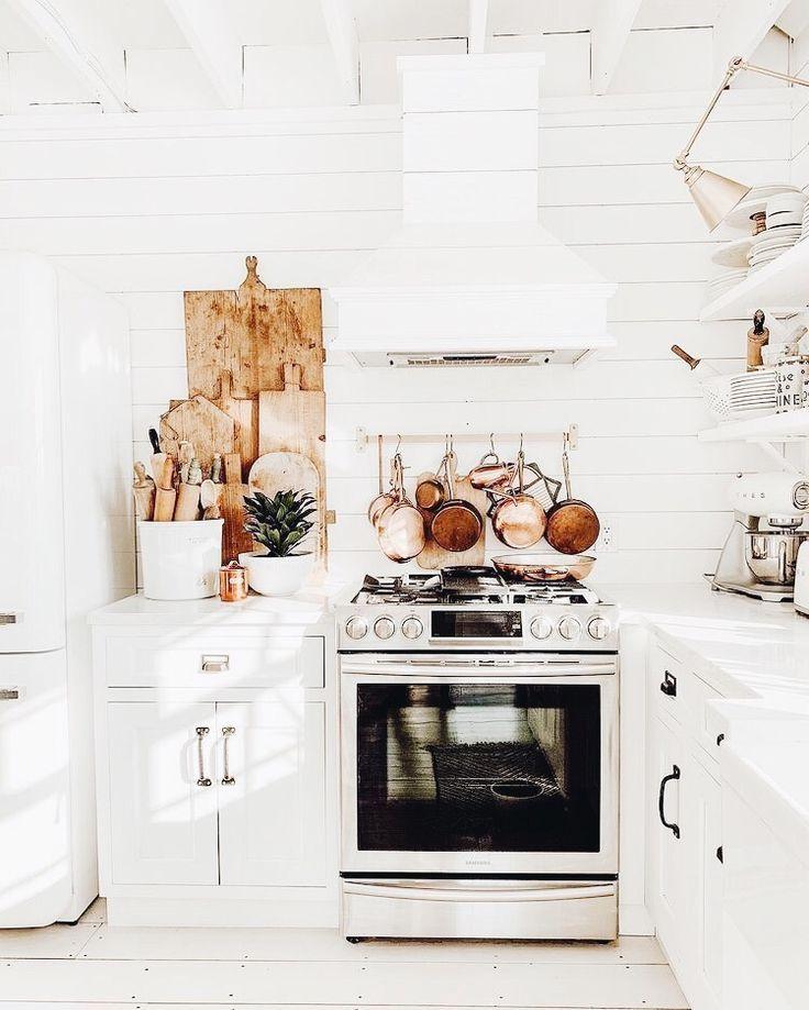 Futuristic Kitchen Stuff: // P I N T E R E S T 🖤 Leftyscript