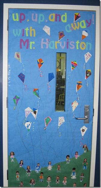Mommy blessings teacher appreciation door decorations for Decoration kite