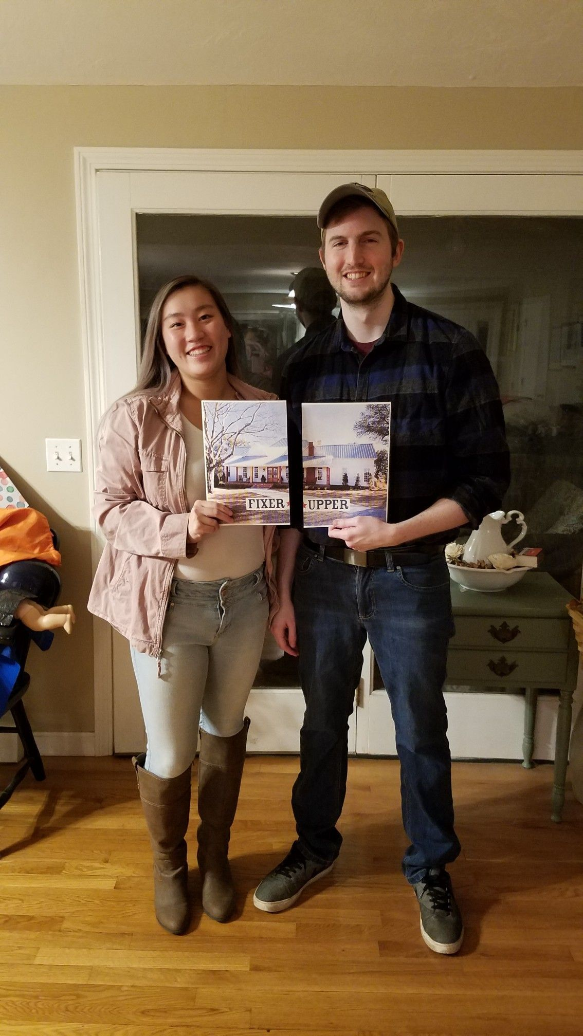 Chip and Joanna Gaines costume  #chipandjoannagainescostume #chipandjoannagainescostume