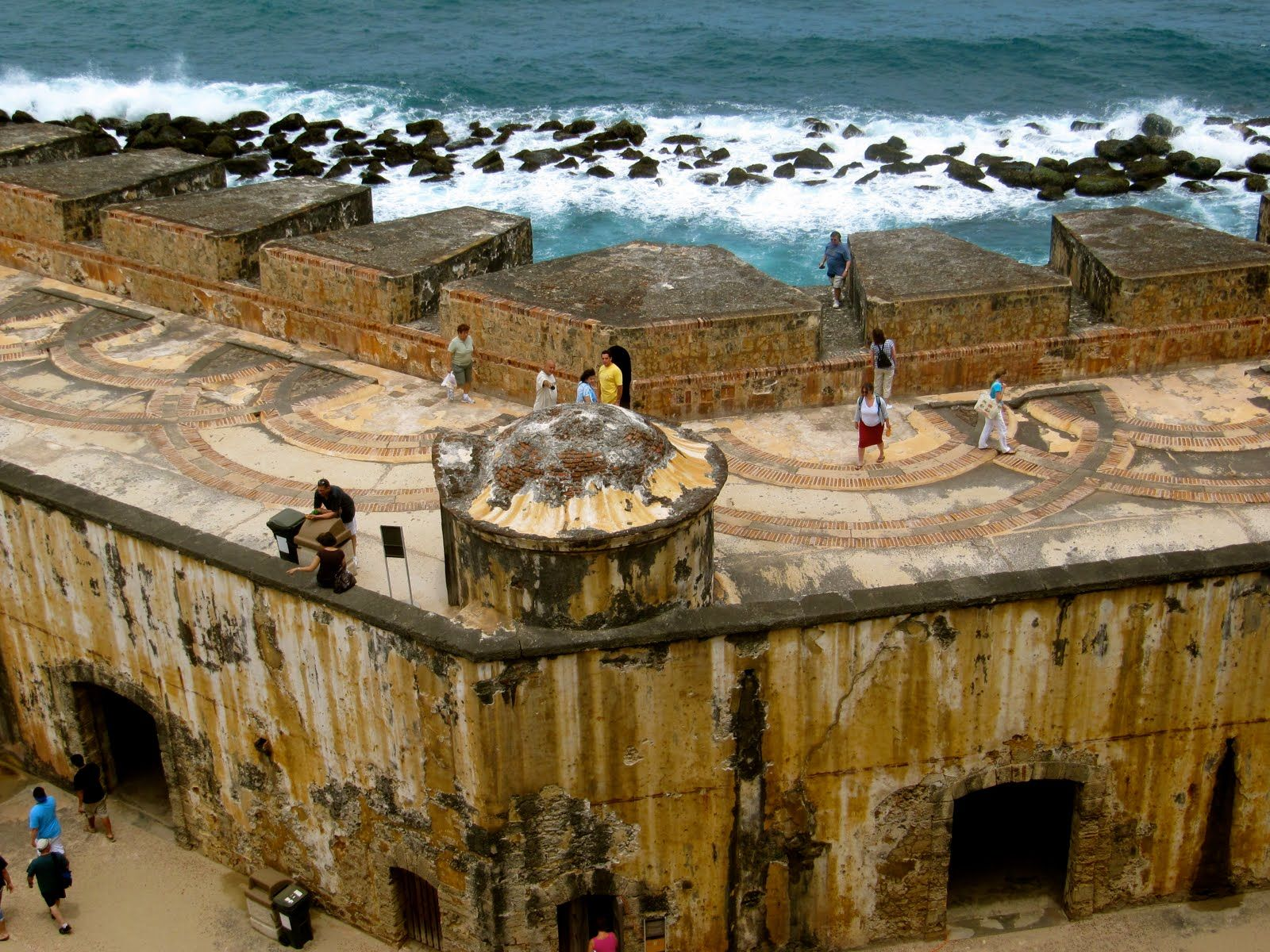 El Morro Fort ~ Historical Spanish Citadel In Old San