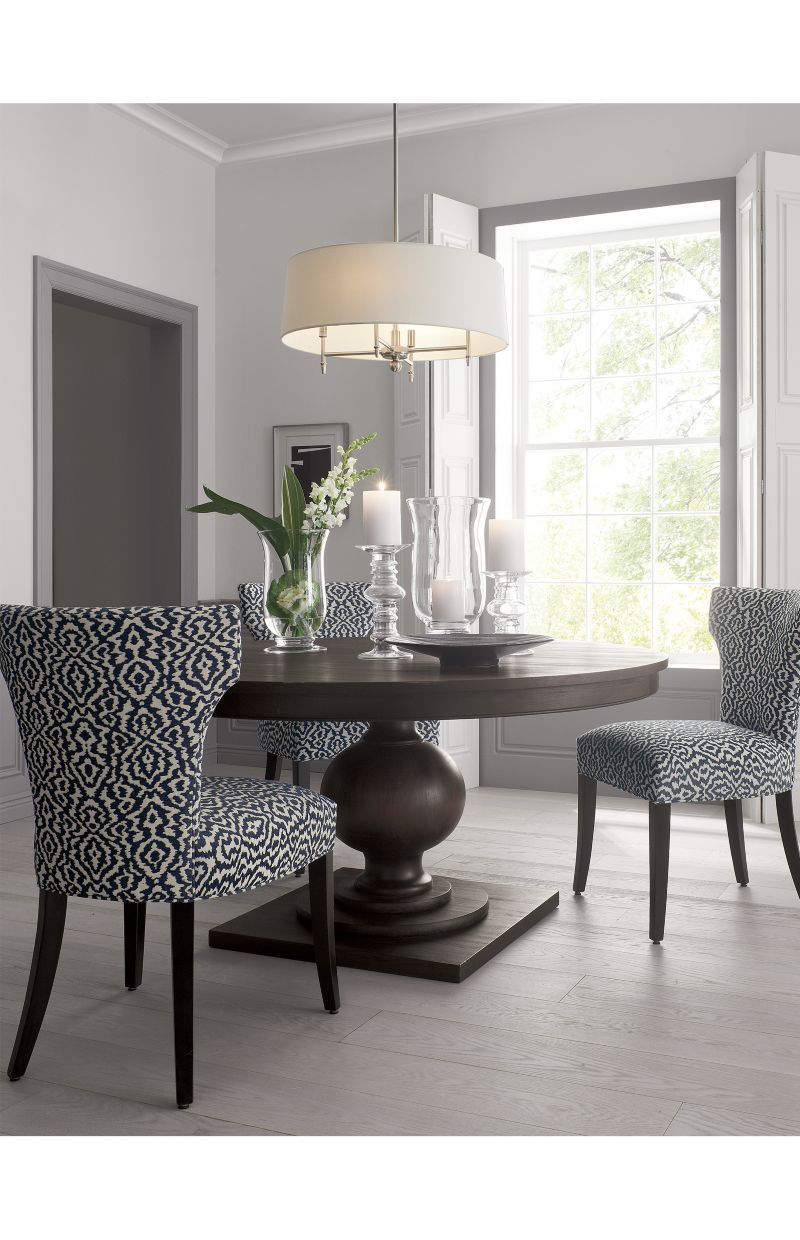 Pin By Kh Trisha On Home In 2020 Round Dining Room Table Round Dining Room Round Extendable Dining Table