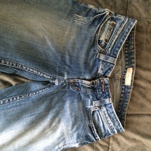 Buckle blue jeans size 1 Size 1/25 buckle jeans. Stat Lite stretch. Buckle Jeans Boyfriend