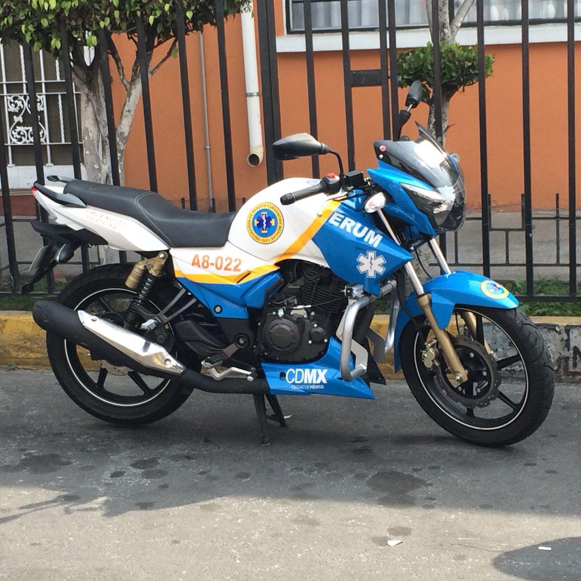 Moto de atención médica prehospitalaria ERUM México A8-022 Piloto María Luisa Valencia Macias