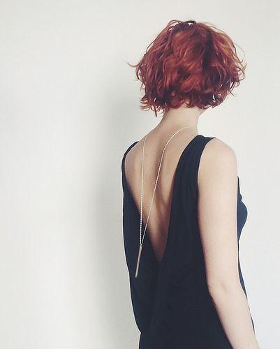 drop-back necklace