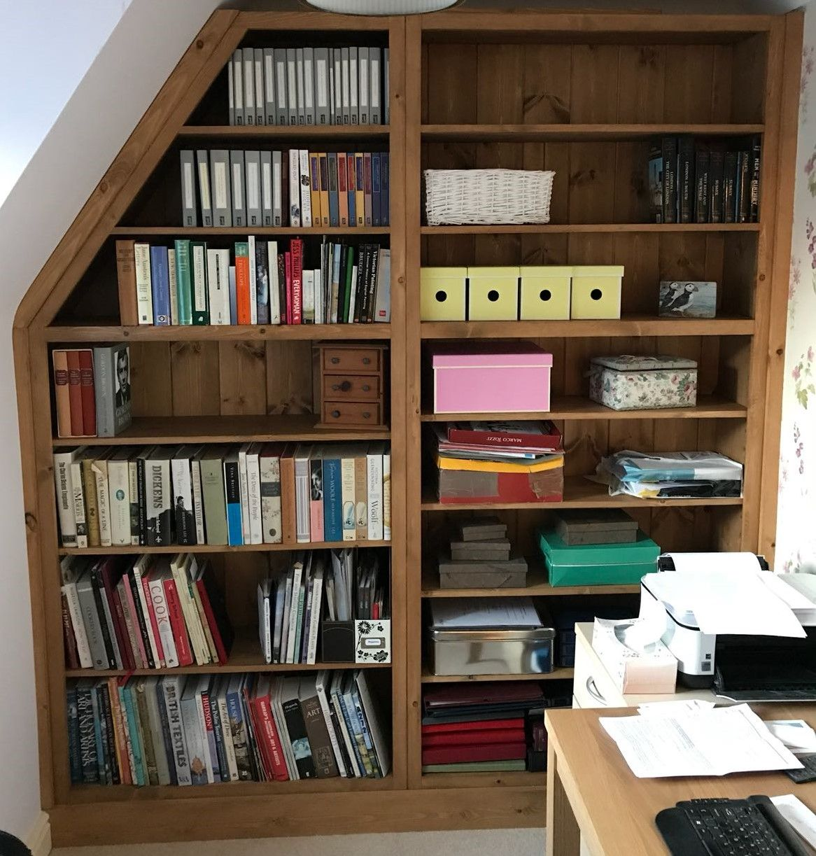 Shaker pine fitted bookcase bespoke and made to order by cobwebs