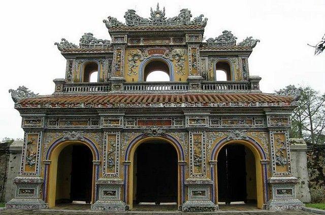 Hue Vietnam Gate To The Forbidden Purple City Unesco Sites World Heritage Sites Vietnam