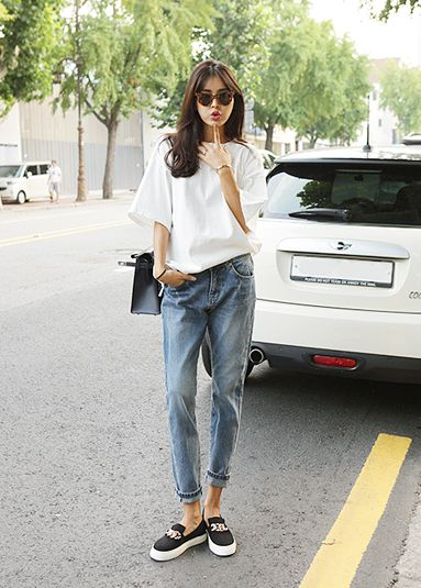 Simple Street Fashion Style For Women