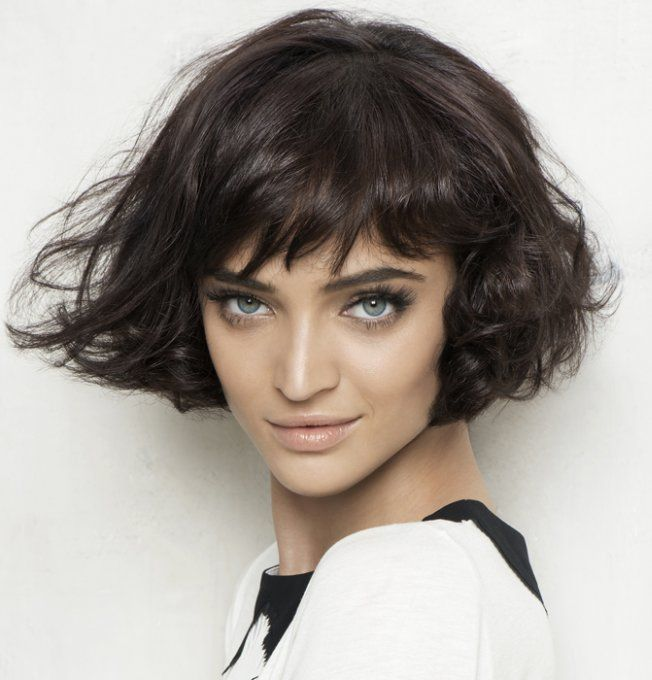 Coupe courte bouclée Haarstyle Short wavy hair, Curly