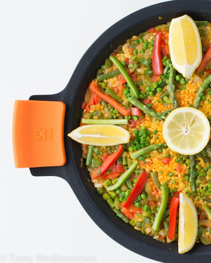 Vegetarian Paella | Recipe | vegan or veganizable ...