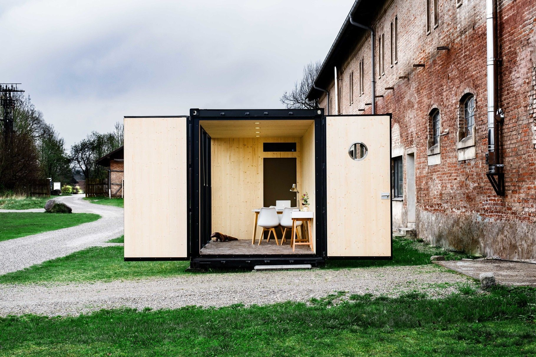 HiLoft - Hiloft - moderne Container Architektur | möbel | Pinterest ...