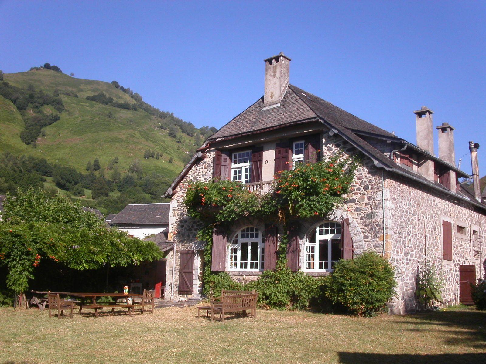 La Grange et son jardin de 600m2.