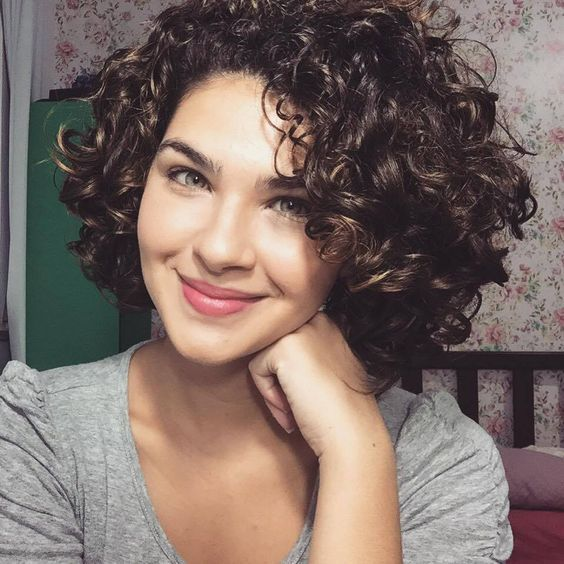 Women 27s Cute Short Curly Hairstyles For 2017 Spring Jpg 564 564 Pixeles Cute Short Curly Hairstyles Curly Hair Styles Short Curly Hairstyles For Women