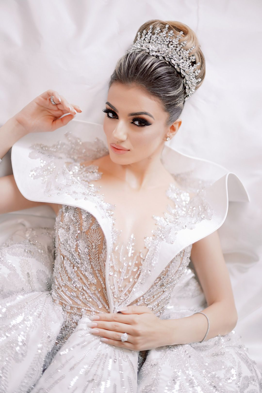 Flawless Downtown Los Angeles Luxury Wedding In 2020 Luxury Wedding New Wedding Dresses Wedding Dress Couture