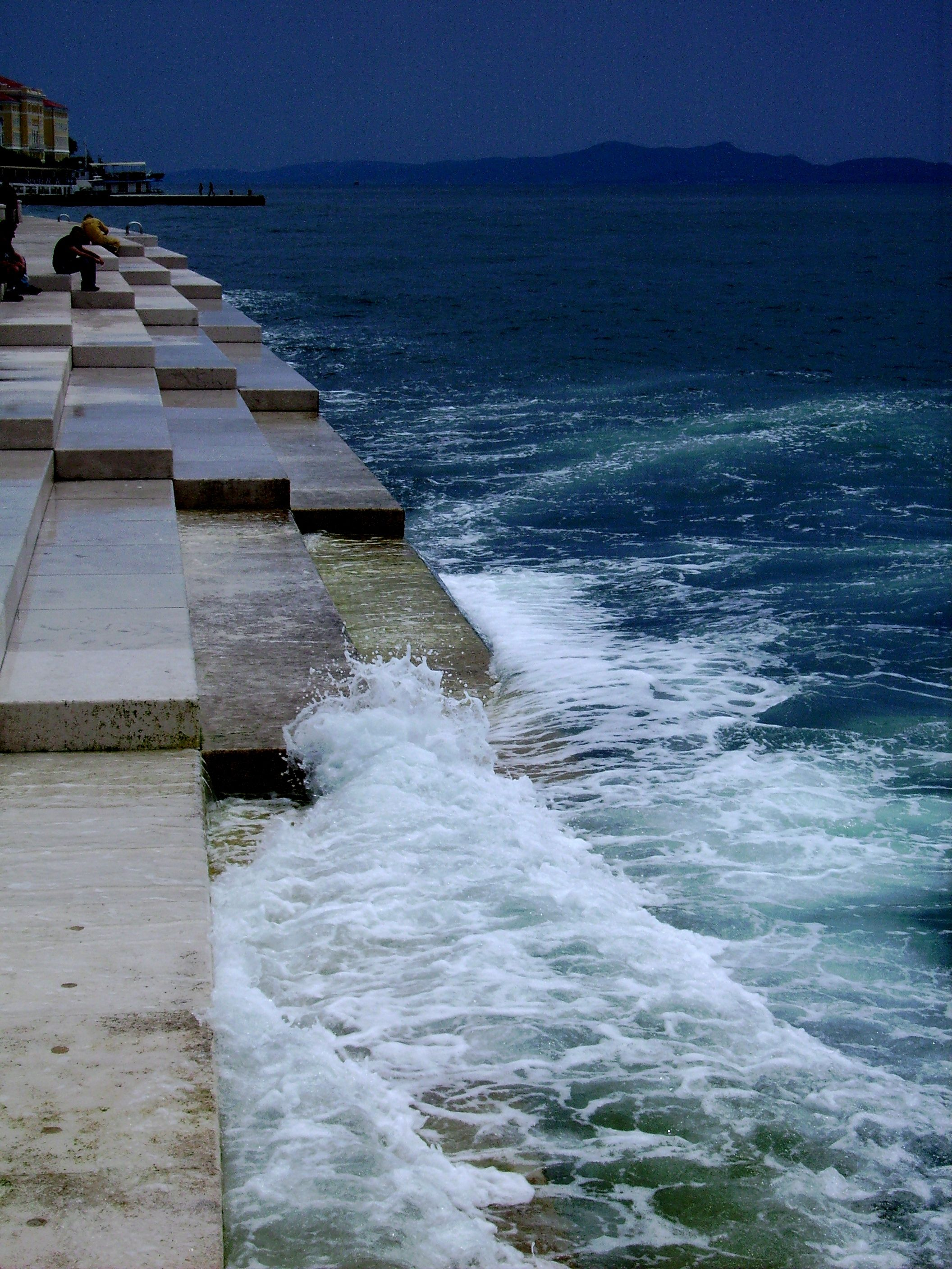 the Water-Organ in Zadar/ Croatia with an unbelieveable sound - the ...
