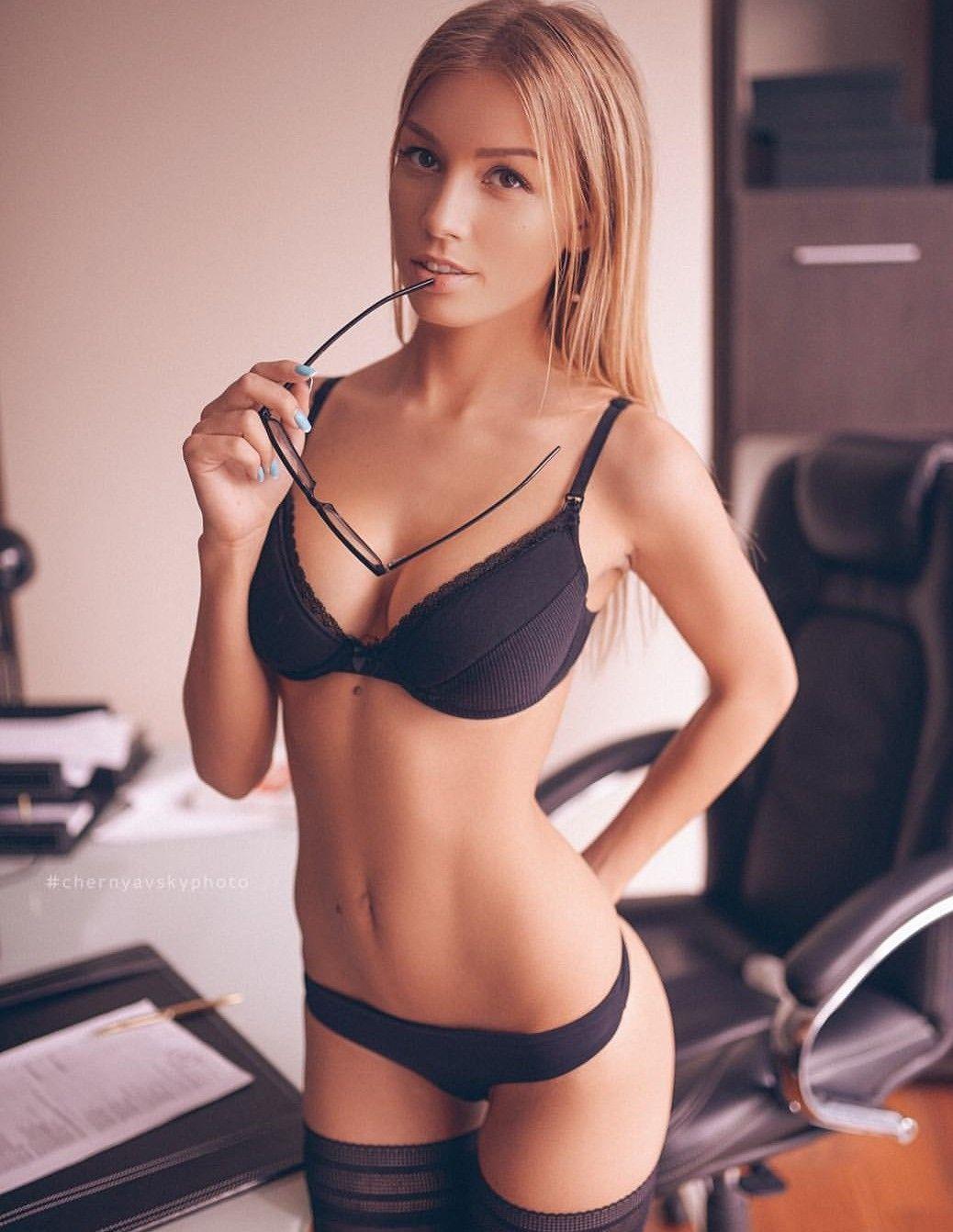 Bikini Katrin He? nude (87 photos), Sexy, Leaked, Twitter, braless 2018