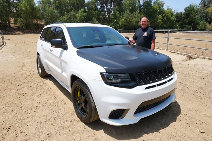 An 1 150 Hp Jeep Grand Cherokee Trackhawk Sure Why Not