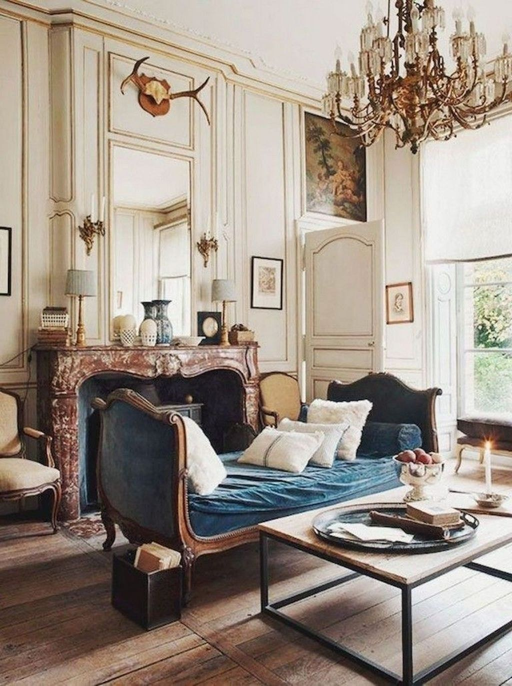 comfy french country living room decor ideas 26  french