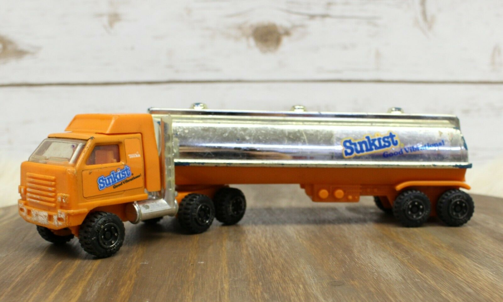 1998 Tonka Truck Plastic Sunkist Tanker Orange Soda Semi Rig Trailer 10 5 Ebay Trucks Only Tonka Truck White Truck