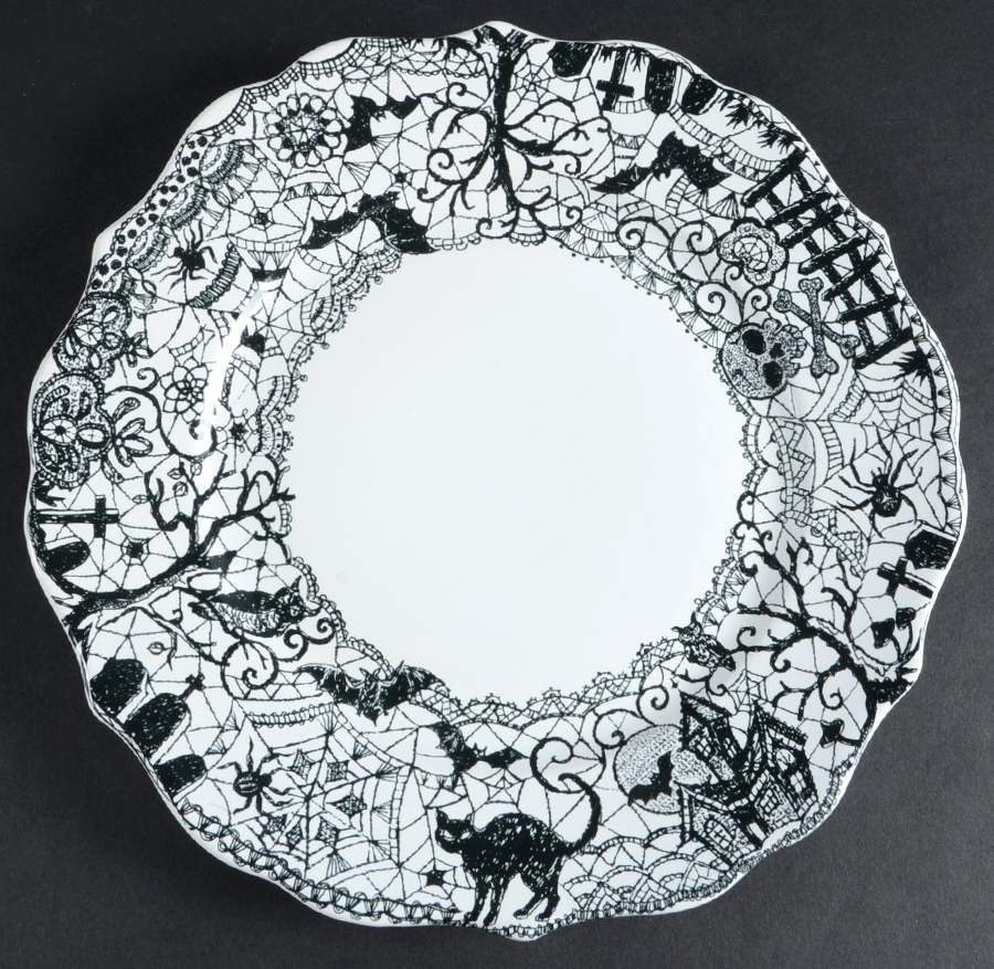 New. Halloween Dinner Or Salad Plates Set Of 4 Wicked Spooky Lace By Ciroa