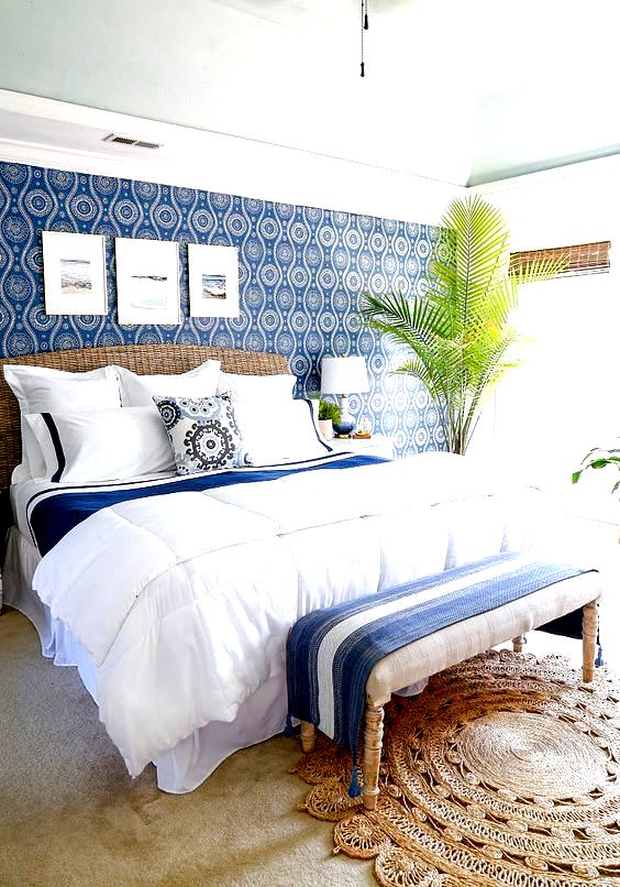 Coastal Blues Master Bedroom Makeover #coastalhome #coastalbedroom #coastalbedroomsmaster #coastalbedroomsblue #sandandsisal #bluebedroom #wallpaper #wallpaperideas