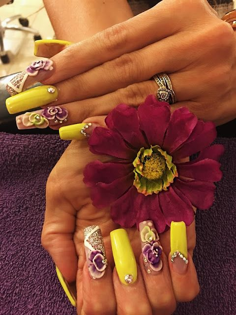 Embellished Flowers Matte Winter Nail Art 2018 | winter nails ...