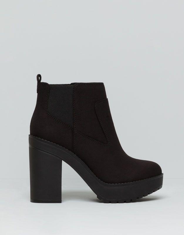 9f9abeb30 Pull&Bear - woman - женская обувь - полусапожки на каблуке woman - черный -  16070011-V2016
