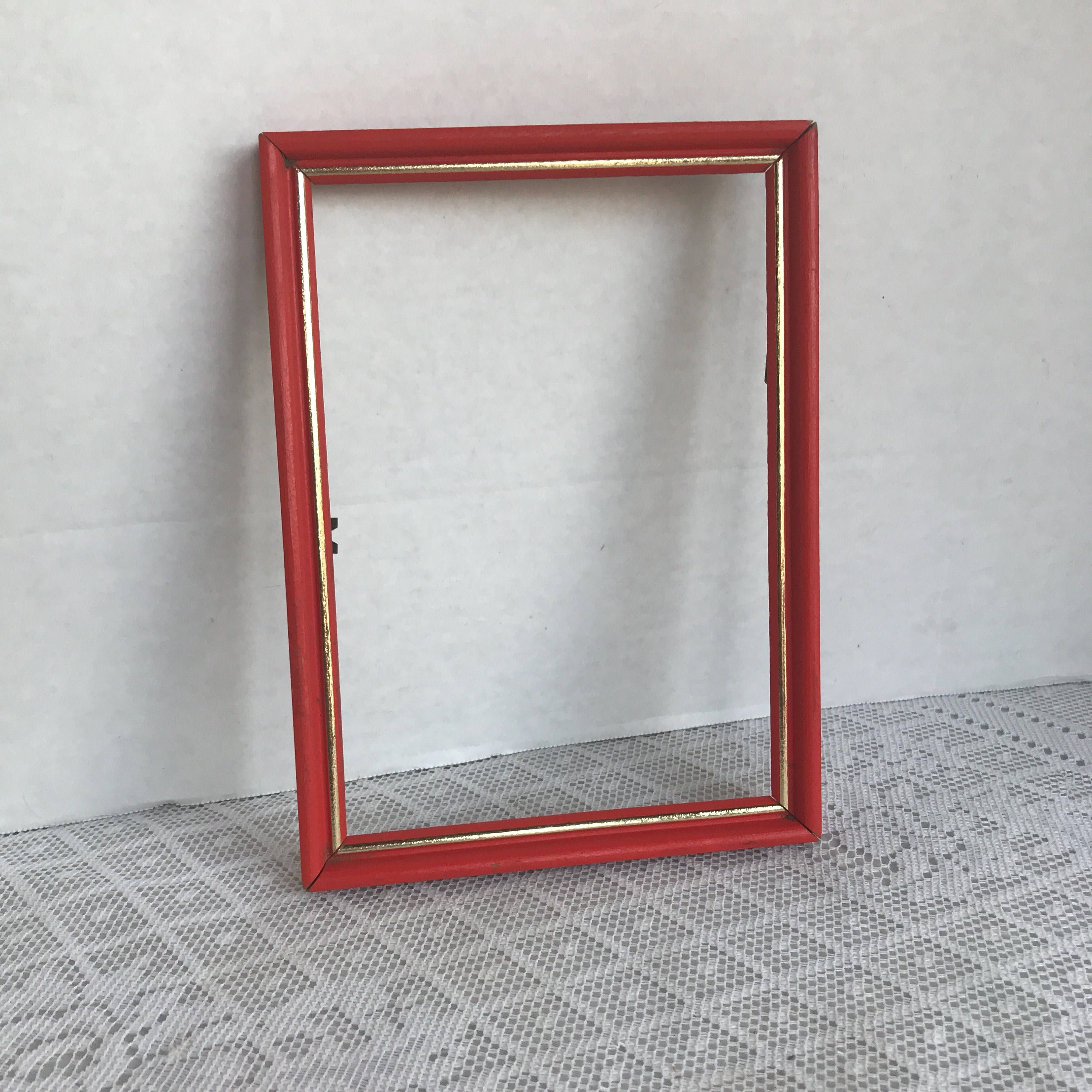 Vintage Wood Picture Frame / Red and Gold Wooden 5 X 7 Inch Frame by ...
