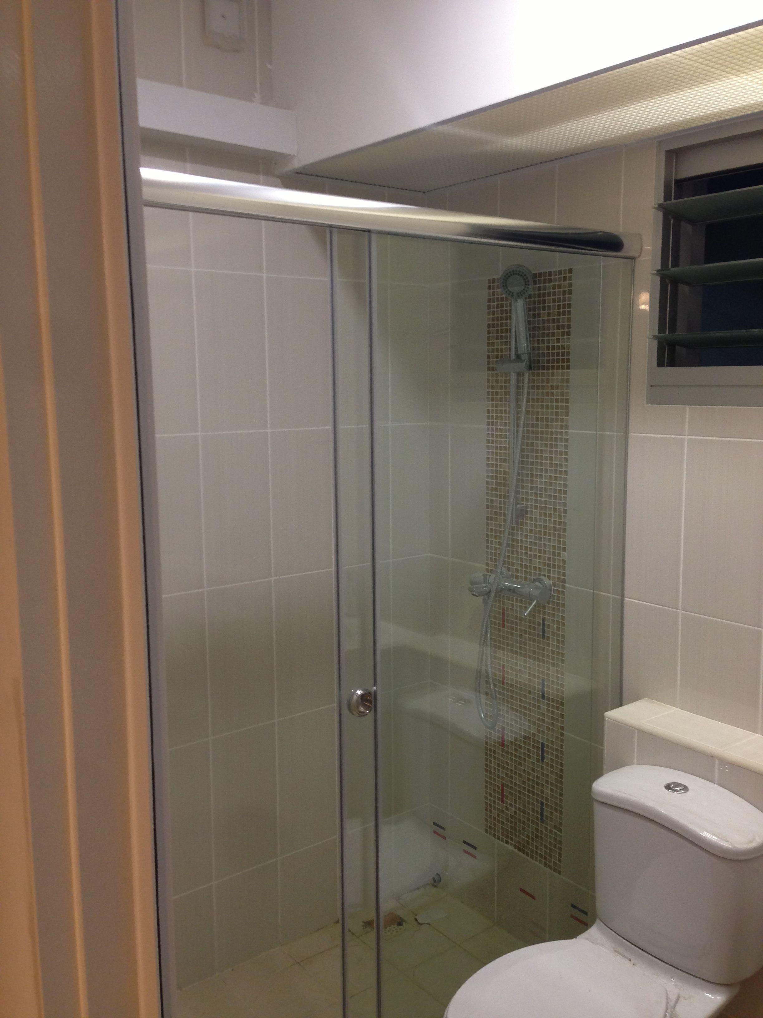 Sliding Shower Screen Intradesign Bathroom Shower Enclosures Rustic Bathroom Shelves Shower Enclosure